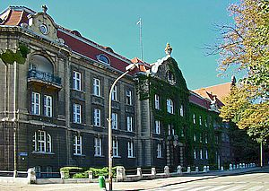 Maritime University of Scczecin. CC BY-SA 3.0 photo: Mateusz War.